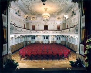 teatro-bibiena-sala